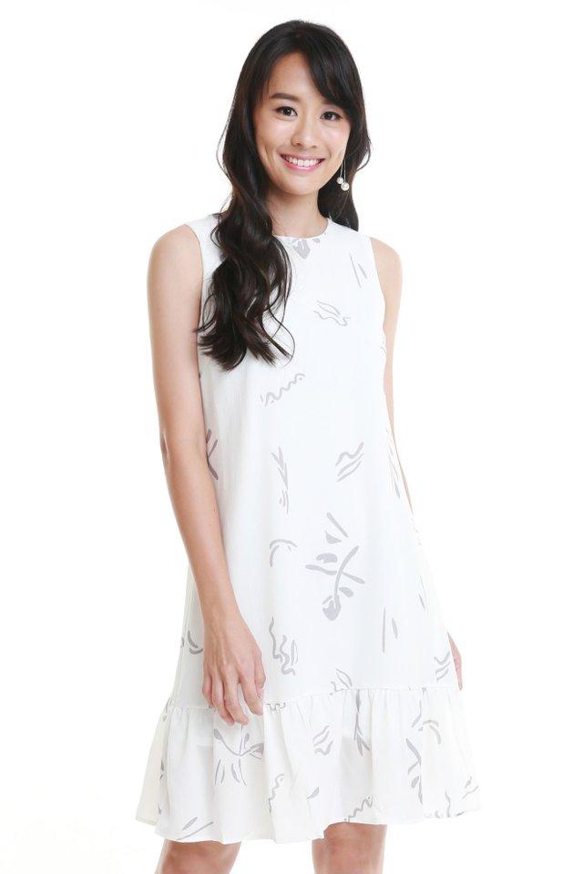 Penelope Dress In White (Size M - Last piece!)