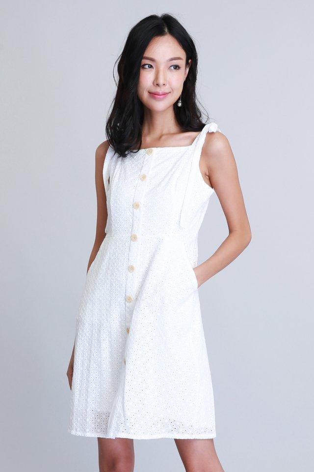 Kathleen Dress in White (Size L - Last piece!)